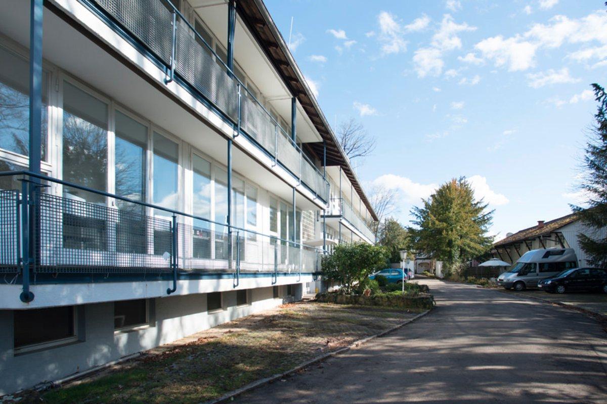 location lazi akademie in landkreis esslingen esslingen am neckar. Black Bedroom Furniture Sets. Home Design Ideas
