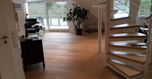 location dachgalerie maisonette wohnung dachterrasse in stuttgart musberg. Black Bedroom Furniture Sets. Home Design Ideas